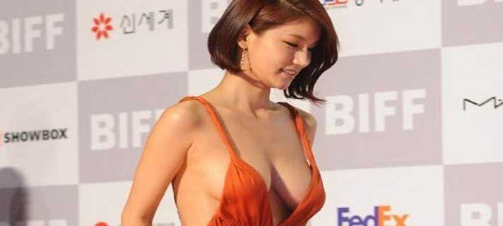 Artis Korea Paling Besar Payudaranya