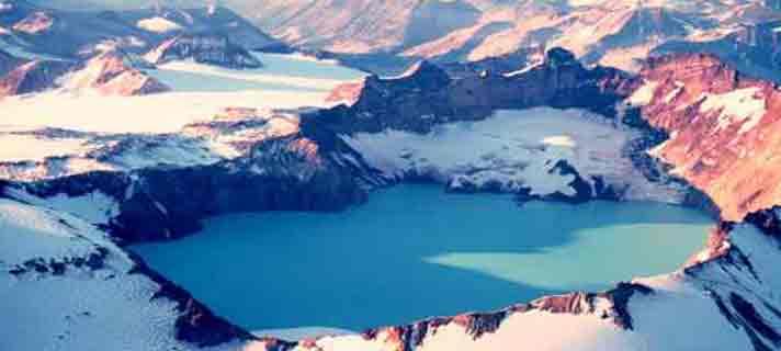 Danau-Vulkanik-Terindah-Di-Dunia-07