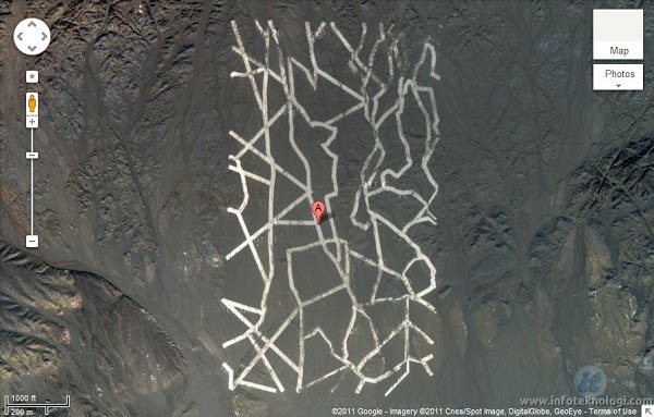 Penampakan Aneh di Google Earth