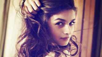 Pesona 20 Artis Bollywood