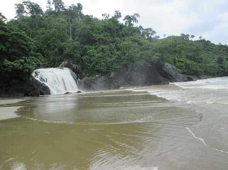 Air Terjun di Malang
