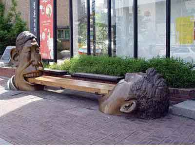 Patung Unik